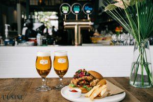 Ba loại bia có mặt tại L'Usine hiện nay là Pale Ale, East IPA, Pacific Pilsner