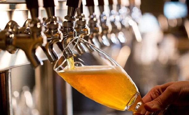 Rót bia đúng cách giúp giữ hương vị bia